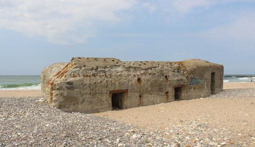 Kig på bunkere ved Thyborøn