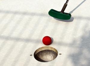 Spil minigolf i Thyborøn